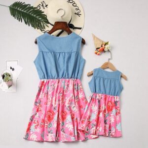 Summer Family Matching Outfits Instagramable Sleeveless Floral Printed Family Dresses For Mom and Daughter Sets